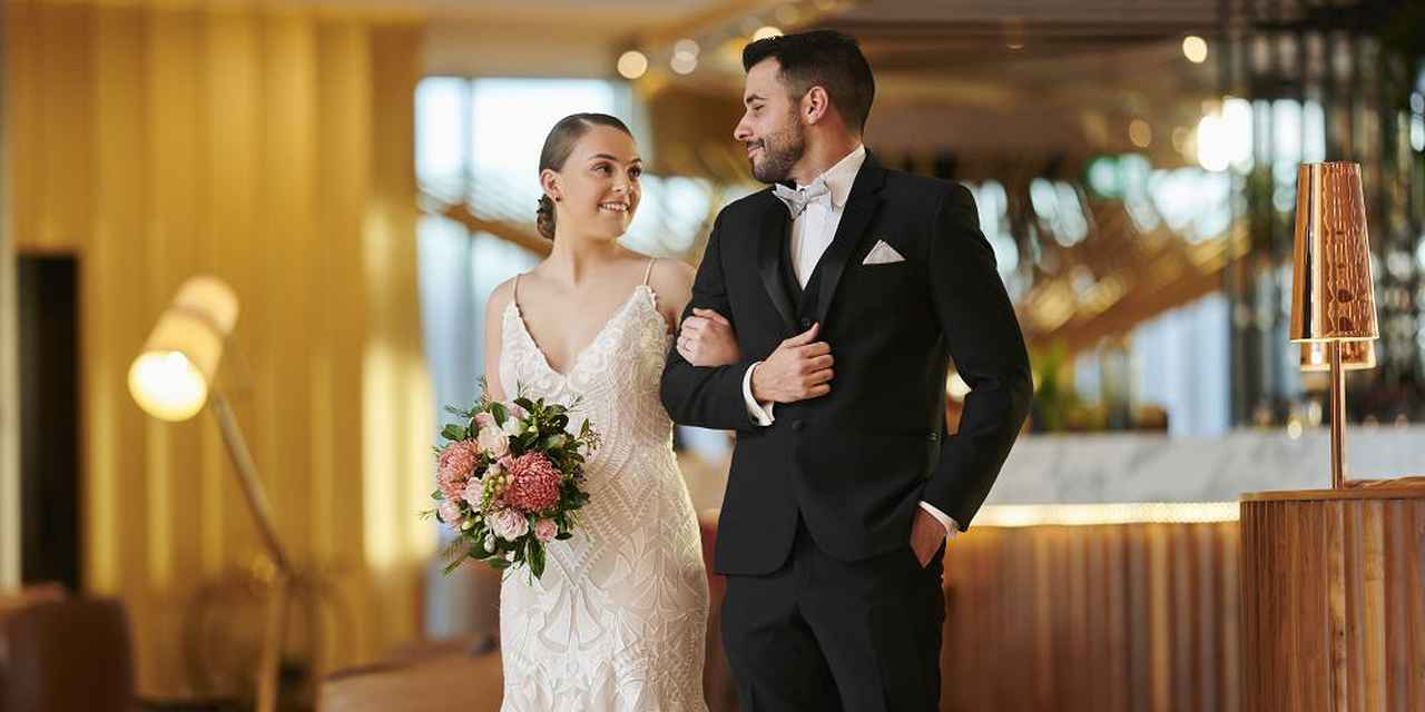 Elegant Weddings at Vibe Hotel Canberra