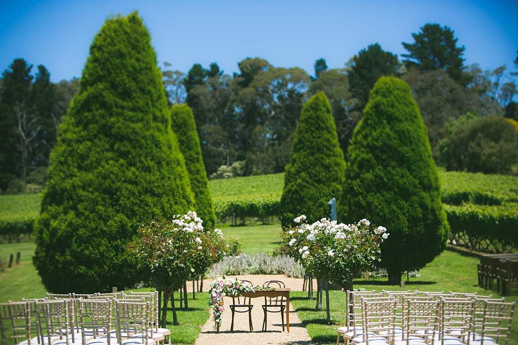 weddings at lindenderry at red hill. Black Bedroom Furniture Sets. Home Design Ideas