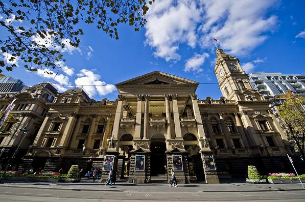 Real Weddings Melbourne: Weddings At Melbourne Town Hall