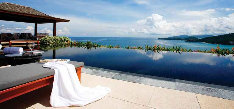 Pool Villa - Infinity Pool Day.jpg