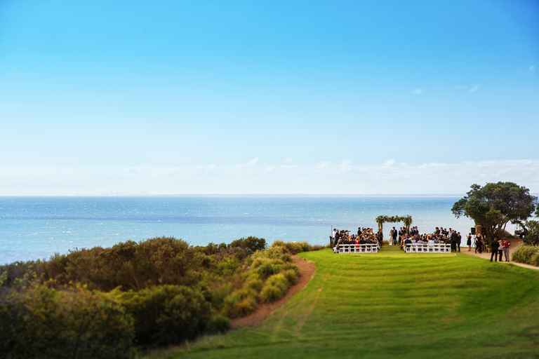 Rachel & Brad at Mornington Peninsula Golf Club