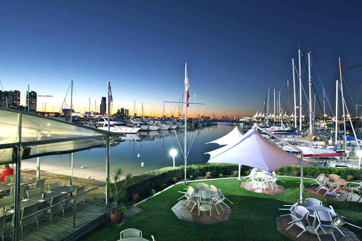 Southport Yacht Club Wedding Venue in Queensland