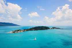 Island Weddings - Daydream Island Resort at Real Weddings
