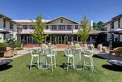 Historic Garden Wedding Venue - Hotel Kurrajong at Real Weddings