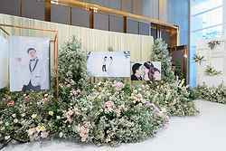 Wedding Flowers at Pullman Hotel - Real Weddings