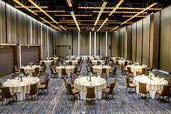 Large Elegant Wedding Venue - Pullman Hotel Bangkok at Real Weddings